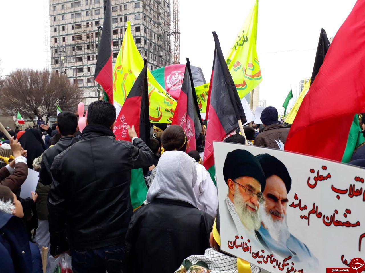 گزارش تصویری: مشارکت گسترده مهاجرین افغانستانی در جشن چهل سالگی انقلاب اسلامی