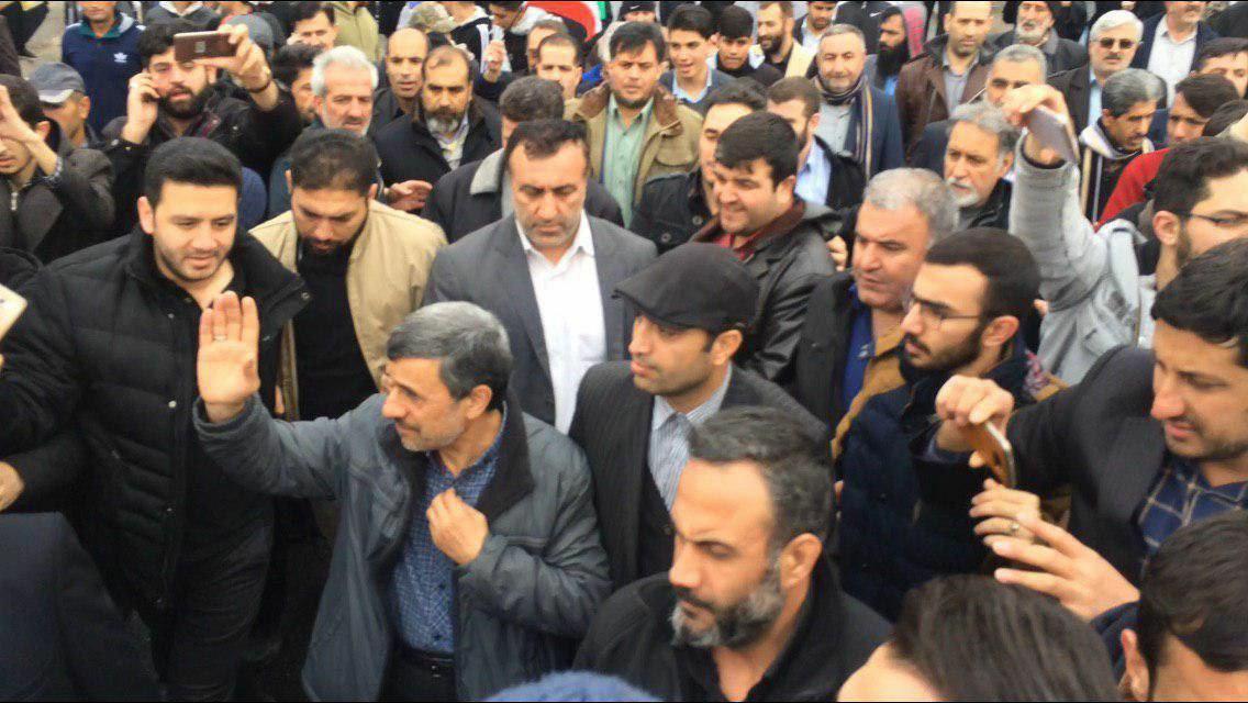 تصاویری از حضور مسئولان و شخصیت های معروف در راهپیمایی ۲۲ بهمن ۹۷