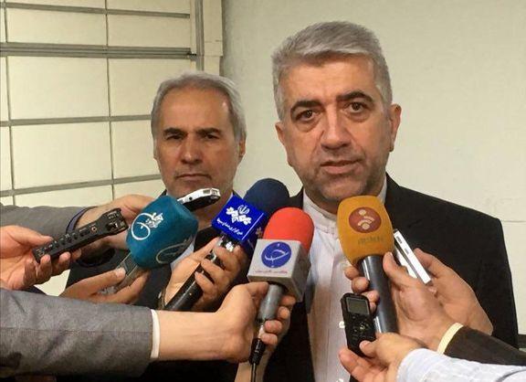 وزیر نیرو: مردم تا نفس دارند پای انقلاب خود ایستادهاند/ انقلاب اسلامی یادآور آینده مطمئن ماست