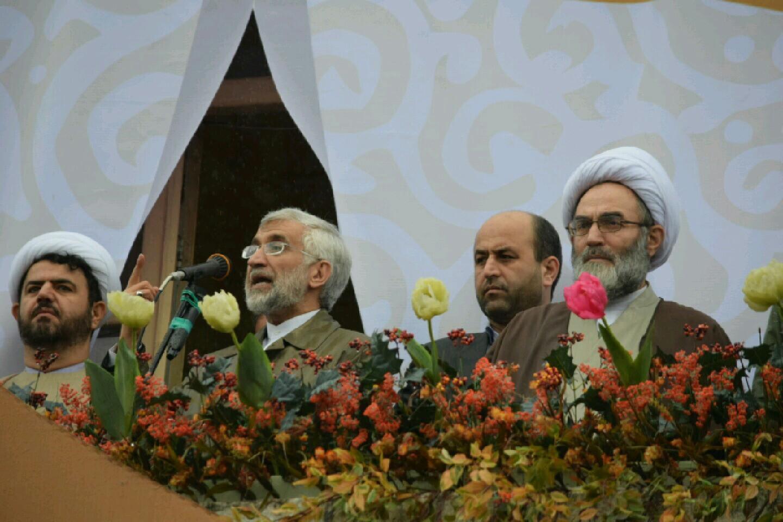 مردم ایران با مقاومت همیشگی خود تهدیدهای استکبار جهانی را  به حماسه های ماندگار تبدیل کردند