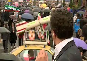 حضور تاکسی مجهز به موشک در راهپیمایی ۲۲ بهمن + فیلم