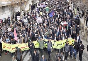 بازتاب راهپیمایی 22 بهمن 97| خبرگزاری رویترز: حضور صدها هزار ایرانی در راهپیمایی چهلمین سالگرد انقلاب