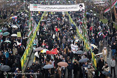 تصاویر هوایی از راهپیمایی با شکوه ۲۲ بهمن
