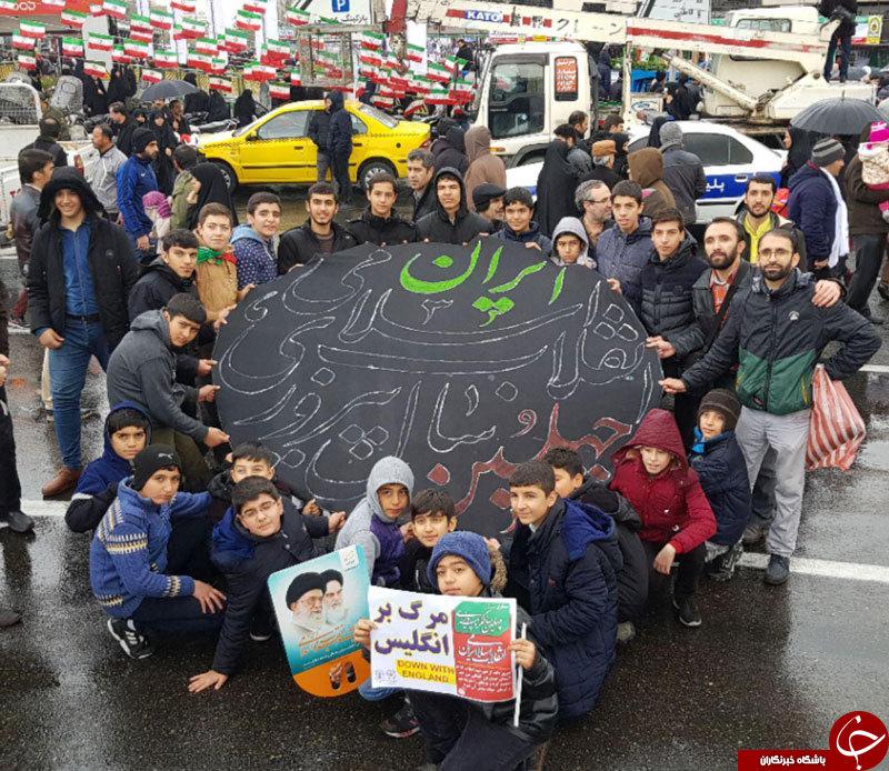 روایت جالب یک خبرنگار از رفتار متناقض مردم تهران در راهپیمایی ۲۲ بهمن ۹۷ +عکس