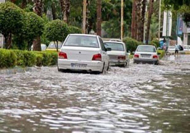 آبگرفتگی معابر و بالا آمدن آب سطح رودخانهها در ۴ استان