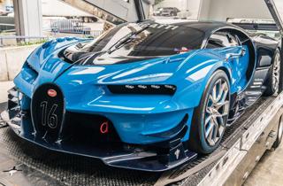 خودروی ۲۰۰ میلیارد تومانی بوگاتی در نمایشگاه ژنو!