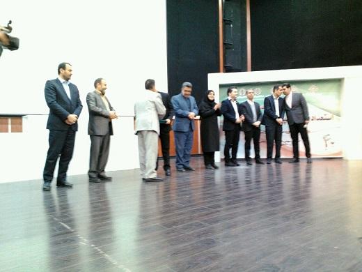 تجلیل از برگزیدگان استعداد یابی و المپیاد فرهنگی ورزشی دانش آموزان دوره متوسطه در اراک