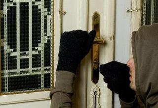 سرقت ۱۵ میلیاردی از خانه مرد بـرج ساز