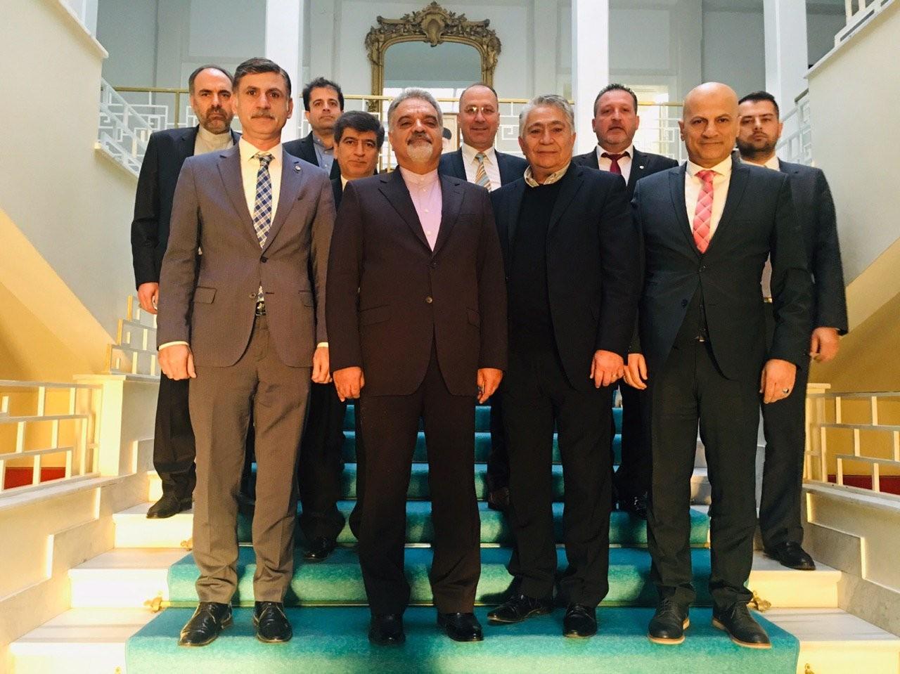 سفیر ایران درترکیه با اعضای هیات مدیره و روسای اتاق بازرگانی و منطقه آزاد ازمیر و منمن دیدار کرد