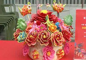 ساخت کلوچههای بخارپز رنگین در چین + فیلم