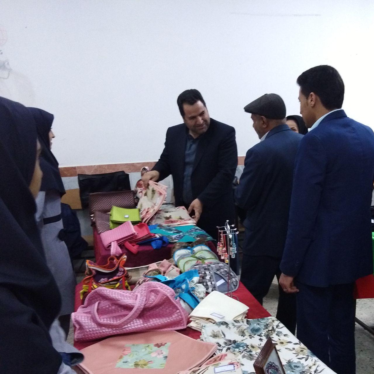 برگزاری بازارچه کسب و کار دانش آموزی در شهرستان خواف