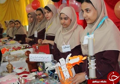 دانش آموزان برای جشنواره خوارزمی دست به کار شدند