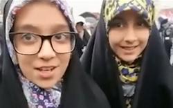 ناگفتههای دختری که ۲۲ بهمن لرزه بر اندام ترامپ و رجوی انداخت/ از رجزخوانی به زبان انگلیسی تا آرزوی دیدار با رهبر انقلاب + فیلم