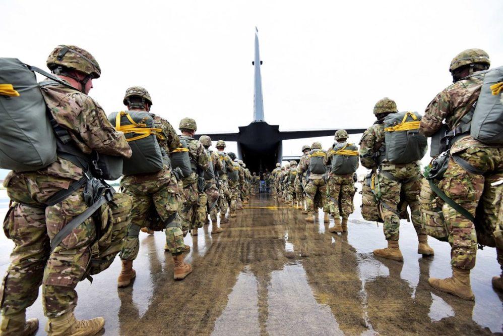 هزار نظامی آمریکایی از افغانستان خارج می شود