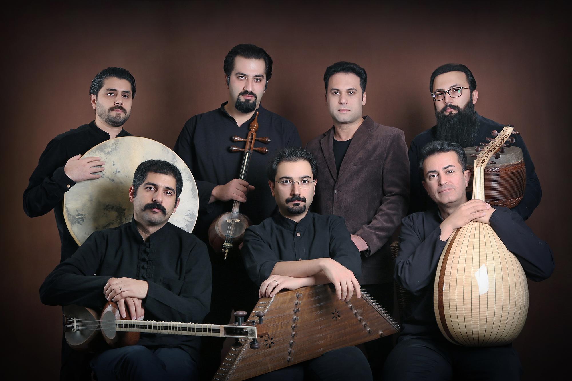 عاشقانههای شعر ایرانی با صدای وحید تاج شنیده شد