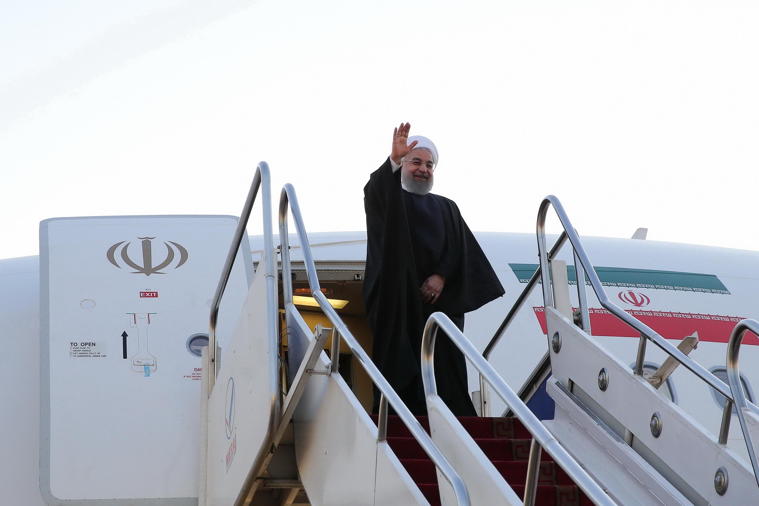 سفر رئیس جمهور به استان هرمزگان