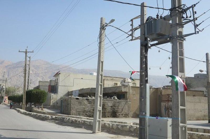 روابط عمومی /تخصیص 44 میلیارد تومان اعتبار برای برق رسانی به 170 روستا /برنامه وزارت نیرو برای برق رسانی به ۱۰۰ روستا تا پایان سال