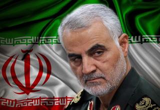 توهین منتقد سینمایی به سردار سلیمانی/ اهل قلمی که همدست تروریست های زاهدان از آب درآمد!