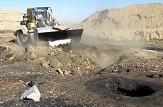 باشگاه خبرنگاران - ۳۵حلقه چاه ذغال در بیابانهای اطراف شهر قم شناسایی و تخریب شدند