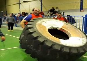 رکوردشکنی ورزشکار کبودراهنگی در مسابقه قویترین مردان