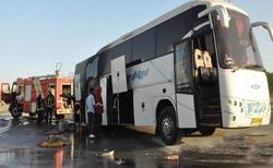 اتوبوس مسافران در ایلام دچار آتش سوزی شد