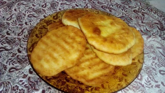درمان کمخونی با نان برساق لکی/ این نان خوشمزه قاتل دردهای استخوانی است