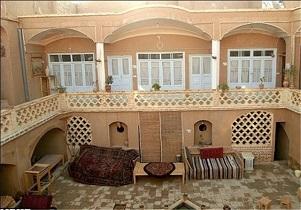 وجود ۳۰ خانه بوم گردی در استان همدان