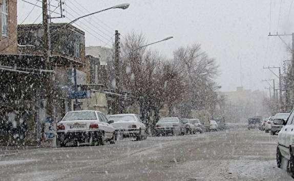 روستای رضوان بیشترین بارش برف در استان سمنان را به خود اختصاص داد