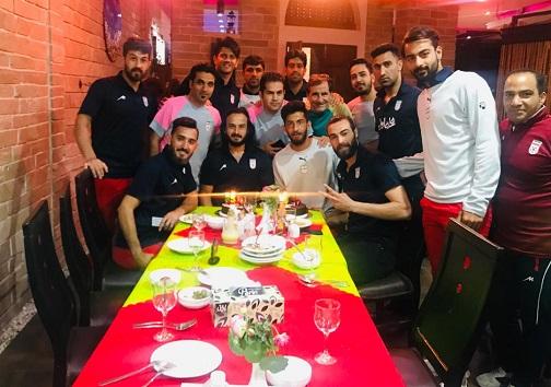 جشن تولد در اردوی تیم ملی فوتبال ساحلی