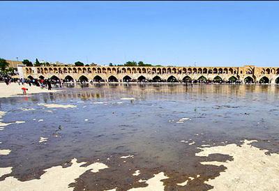 شکنجه طبیعت با قطع و وصل آب در زاینده رود