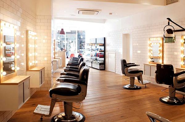 دخلات آرایشگران در حیطه پزشکی جرم محسوب میشود/ اقدامات درمانی باید در محیط و تحت شرایط مصوب انجام شود