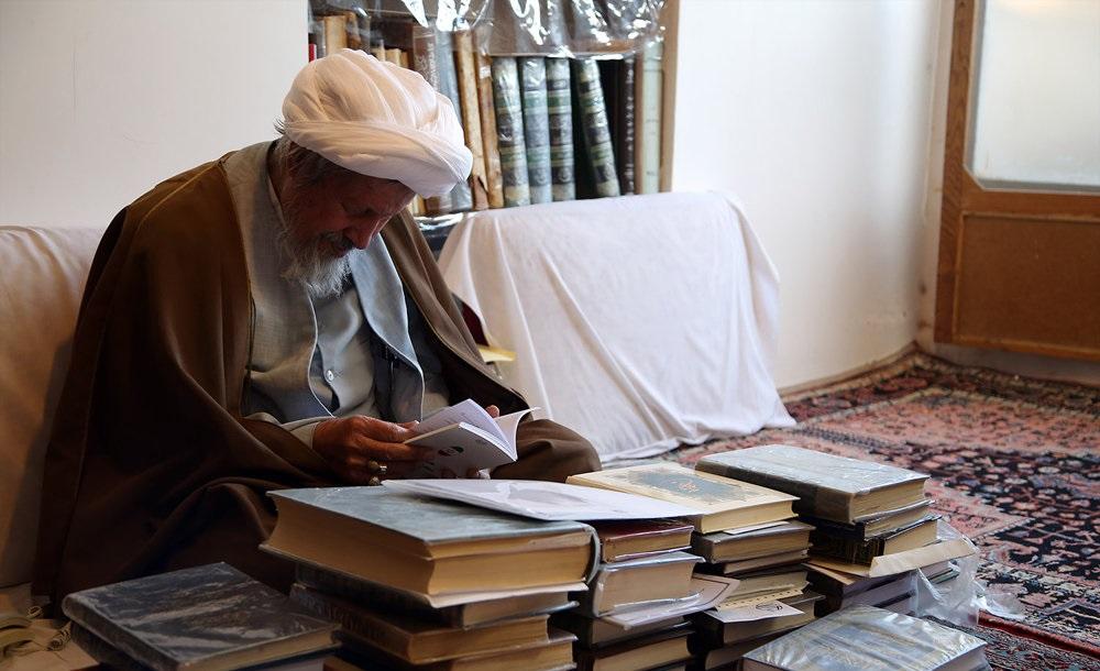 مرحوم آیتالله محمد مومن که بود؟
