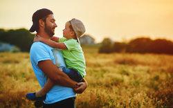 جملاتی که پدران نباید به فرزندانشان بگویند