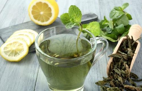 چطور با دمنوش کرفس و چای سبز لاغر میشویم؟