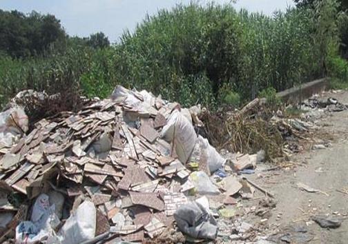 نخالههای مزاحم / مشکل رها کردن نخالههای ساختمانی در طبیعت گلستان حل میشود؟