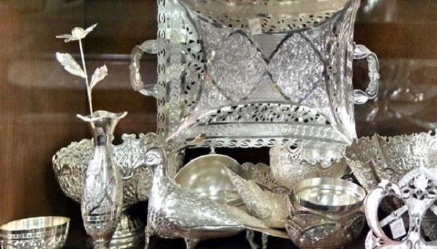 بازارِ کسادِ نقره اصفهان/ نقره کاران اصفهان، نقره داغ شدند