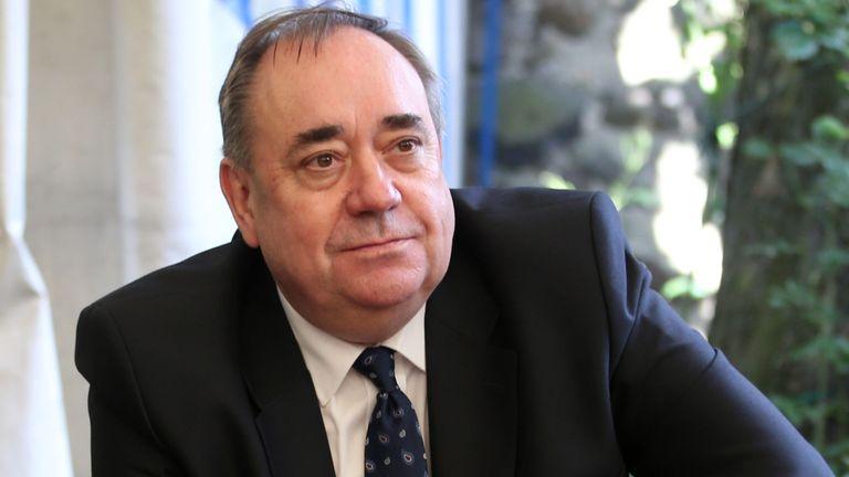 وزیر اول پیشین اسکاتلند بازداشت شد