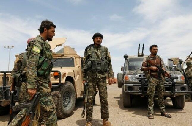 کاهش مناطق تحت اشغال تروریستهای داعش به 15 کیلومتر مربع + نقشه میدانی و تصاویر