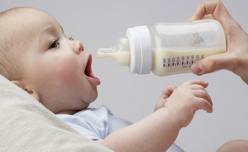 راههای سالم نگه داشتن شیر مادر