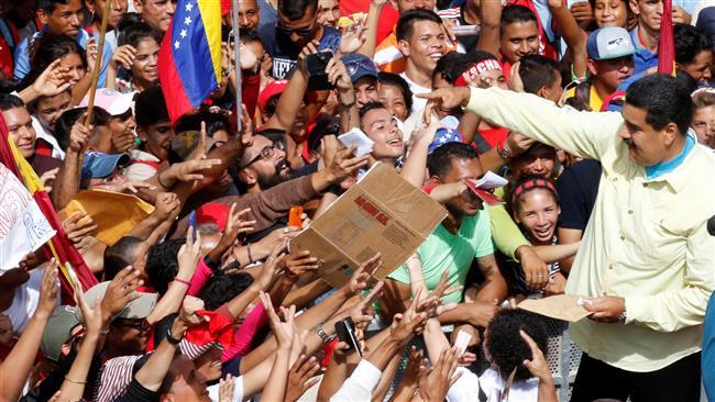 سرمایه داران بزرگ ونزوئلا عامل اصلی فساد اقتصادی/ ۶۴ درصد از مردم ونزوئلا نسبت به رهبران اپوزیسیون نظر مساعد ندارند/