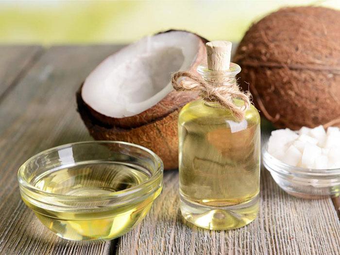 ریزش مو را با چند نسخه ارزان خانگی درمان کنید/ زیبایی و درخشش مو با یک روغن طبیعی