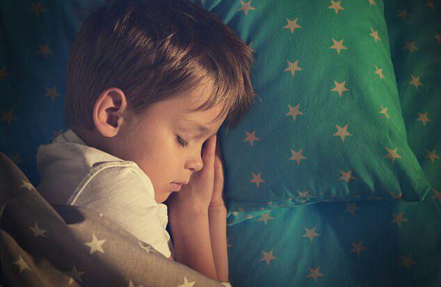 راهکاری مناسب جهت خوب خوابیدن نوزاد/گیاهی موثر در خواب بهتر کودک