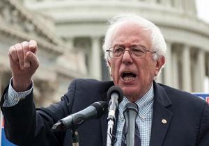 کمپین انتخاباتی سندرز در کمتر از یک روز ۴ میلیون دلار کمکهای مالی دریافت کرد