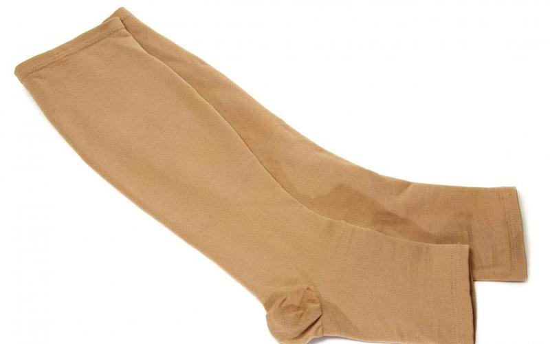 به این ۶ نکته قبل از خرید جورابهای واریس دقت کنید