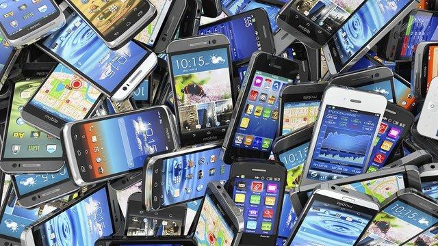 نوسانات قیمت تلفن همراه از کجا آب میخورد؟