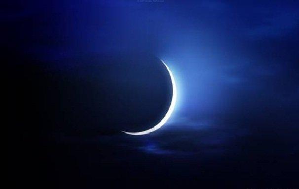 تولد ماه نو در ساعت ١٩:٣٤ امشب/ از روند تغییر شکل ماه چه میدانید