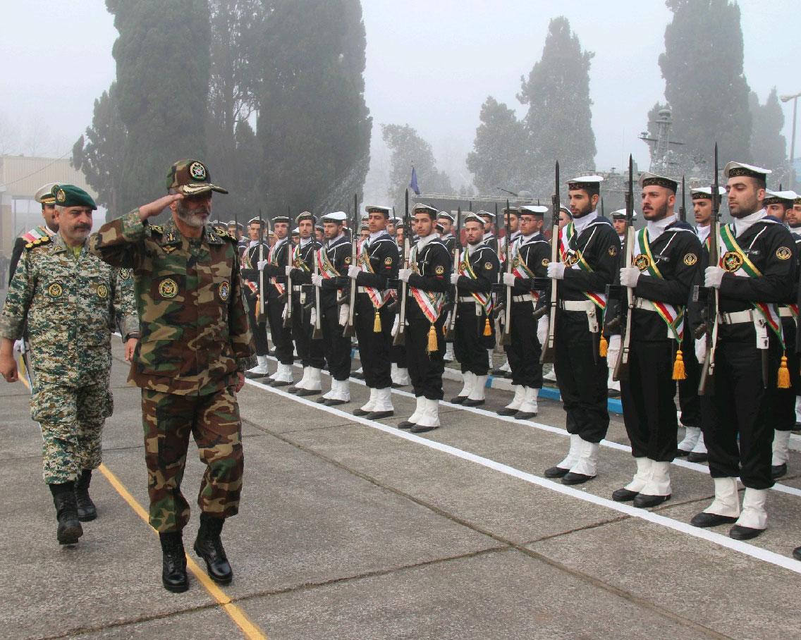 فرمانده کل ارتش از منطقه چهارم دریایی امام رضا (ع) بازدید کرد