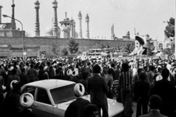 از بزرگترین اقدام رژیم پهلوی علیه حوزه علمیه تا شرط عجیب بختیار برای نخستوزیری / دلیل تناقضات رفتاری دولتها در اواخر پهلوی چه بود؟