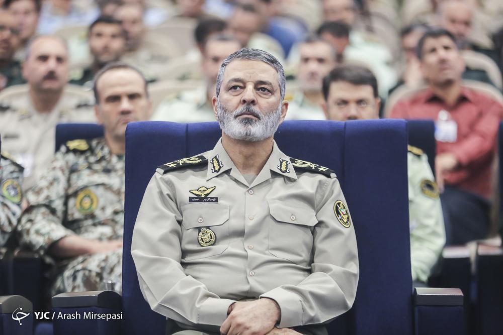 پیام تبریک فرمانده کل ارتش به رئیس جدید قوه قضائیه