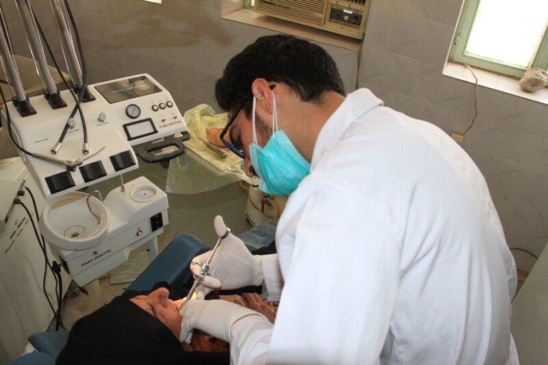 توزیع ۸.۵ میلیون کارپول دندانپزشکی تا پایان سال ۹۷/ قاچاق معکوس داروی بی حسی به دلیل تفاوت نرخ ارز